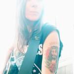 MAGGIO 06,2015 - Ilenia Volpe indossa per la prima volta Hendrix pag 1 (2)